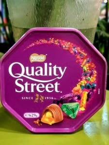 Quality street deluxe super large